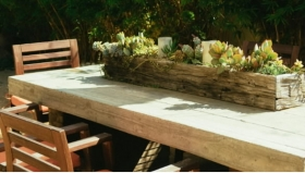Mese rustice - Care este lemnul cel mai potrivit și ușor de întreținut pentru mobilierul de grădină?