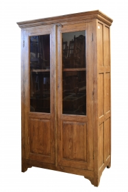 Bufete Dulap KALYAN din lemn masiv cu vitrina