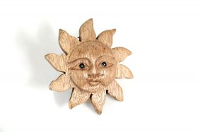 Maner din ceramica  Wooden decoration - sun