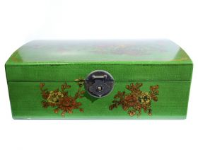 Cutie depozitare sticle de vin, pictata cu motive florale  Box for 4 bottles, painted with floral motifs