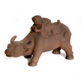 Statueta Elefant, din lemn pictat manual Ox statuette