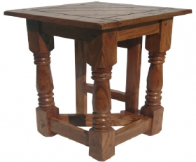 Camera de zi ORISSA wooden table